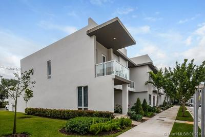 Doral Condo For Sale: 10520 NW 63 Ter #10520