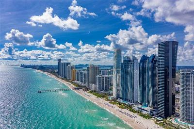 Sunny Isles Beach Condo For Sale: 17141 Collins Ave #3202