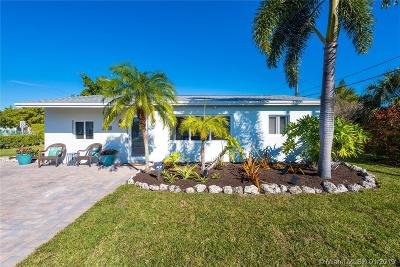 Oakland Park Single Family Home For Sale: 601 NE 59th Ct