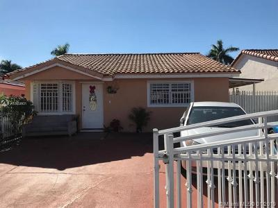Hialeah Gardens Single Family Home For Sale: 8738 NW 116th Ter