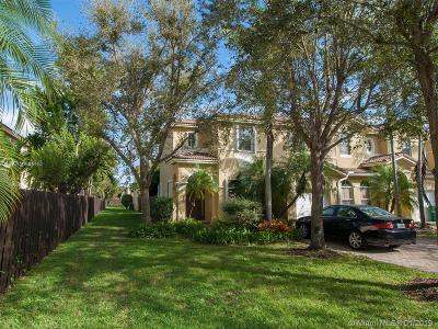 Kendall Breeze, Kendall Breeze South Condo Active With Contract: 12233 SW 123rd Psge