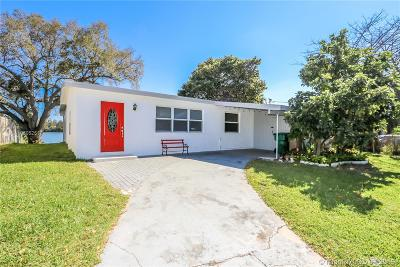 Davie Single Family Home Active With Contract: 3800 SW 55th Ave