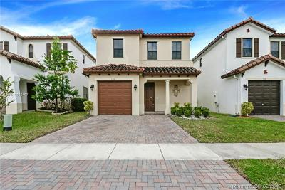 Miramar Single Family Home For Sale: 9116 SW 36th Mnr
