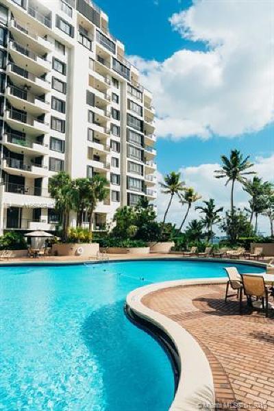 Miami Condo For Sale: 520 Brickell Key Dr #A514