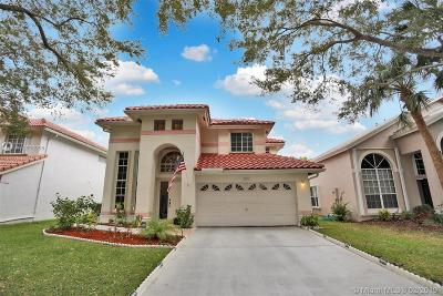 Coral Springs Single Family Home For Sale: 8549 NW 57th Dr