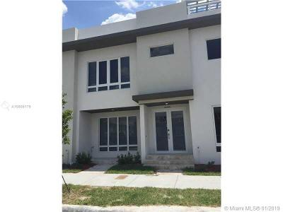 Doral Single Family Home For Sale: 10540 NW 64th Ter