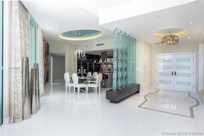 St Tropez On The Bay, St Tropez On The Bay 1 Co, St Tropez/Bay I, St Tropez Ocean, St Tropez Ocean Condo Condo For Sale: 150 Sunny Isles Blvd #1-TS1