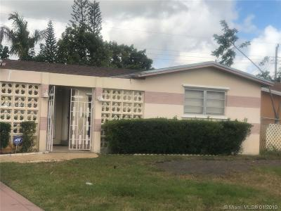 Miramar Single Family Home For Sale: 7251 Coral Blvd