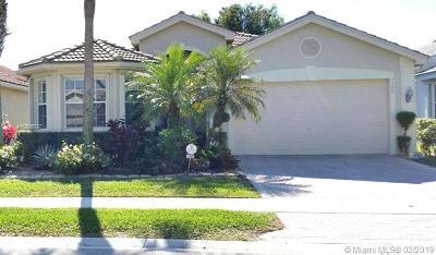 Delray Beach Single Family Home For Sale: 7356 Cortes Lake Drive