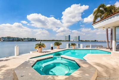 North Miami Beach Single Family Home For Sale: 16479 NE 30