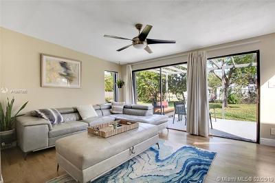 North Miami Beach Single Family Home For Sale: 18321 NE 7th