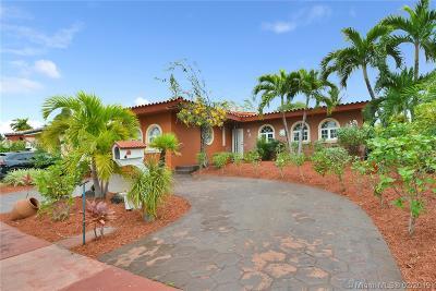Miami Beach Single Family Home For Sale: 6921 Trouville Esplanade