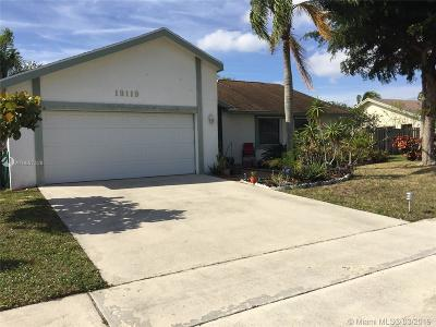 Boca Raton Single Family Home Active With Contract: 19119 Winslow Ter