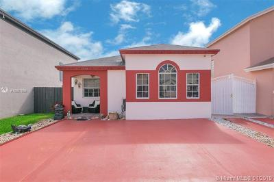 Miami Single Family Home For Sale: 13954 SW 161st Ter