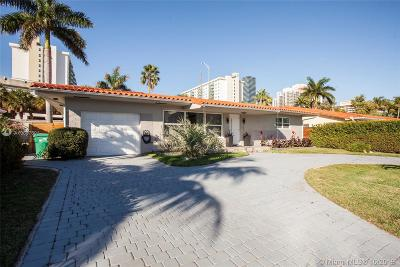 Sunny Isles Beach Single Family Home For Sale: 251 191st Ter