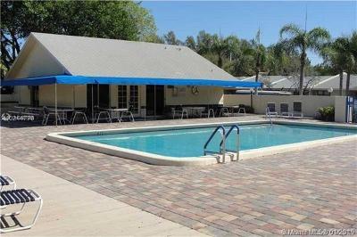 Dania Beach Condo For Sale: 5201 SW 31st Ave #146