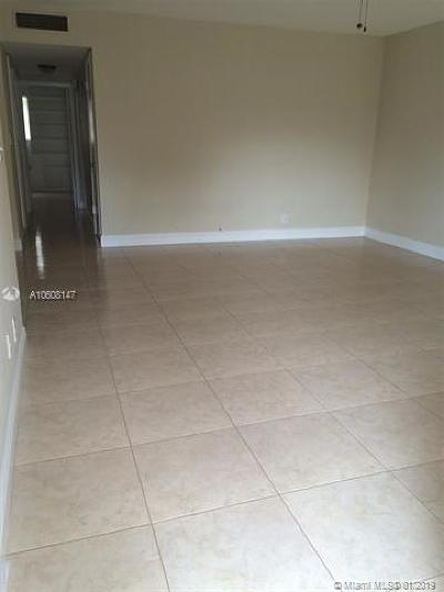 Coral Springs Condo For Sale: 8704 NW 35th St #106