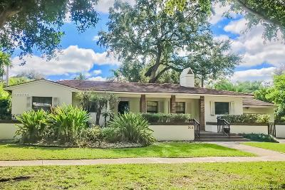 Coral Gables Single Family Home For Sale: 928 Cotorro Ave