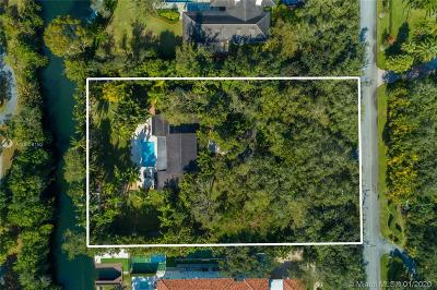 Coral Gables Single Family Home For Sale: 11140 Snapper Creek Rd