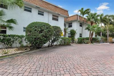 Fort Lauderdale Condo For Sale: 1470 N Dixie Hwy #11