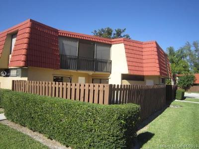 Boca Raton Condo For Sale: 23078 Oxford Pl #C