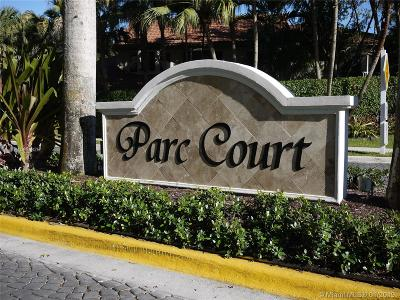 Plantation Condo For Sale: 992 NW 93rd Ave #992