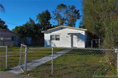 North Miami Beach Single Family Home For Sale: 231 NE 171st St