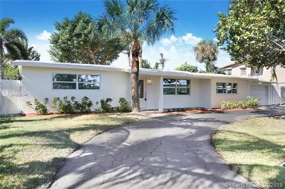 Pompano Beach Single Family Home Active With Contract: 845 NE 23rd Ter