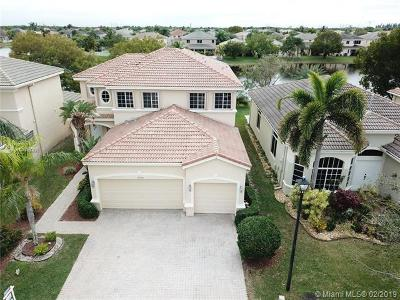 Pembroke Pines Single Family Home For Sale: 19264 SW 60th Ct