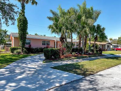 Cutler Bay Single Family Home For Sale: 19400 Whispering Pines Rd