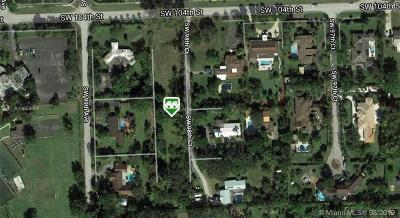 Single Family Home For Sale: 9840 SW 104th St