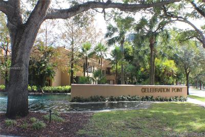 Miami Lakes Condo Active With Contract: 15579 N Miami Lakeway N #104-15