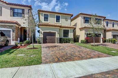 Tamarac Single Family Home For Sale: 5705 NW 47th Ave