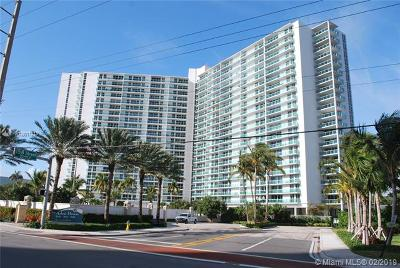 Sunny Isles Beach Condo For Sale: 100 Bayview Dr #202