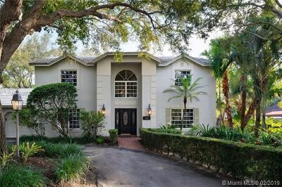 Palmetto Bay Single Family Home For Sale: 7330 SW 165th St