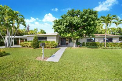 Palmetto Bay Single Family Home For Sale: 7935 SW 162nd St