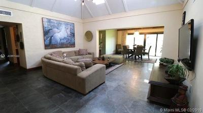 Tamarac Single Family Home For Sale: 4808 Queen Palm Ln