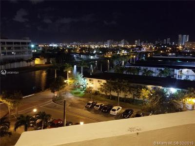 North Miami Beach Condo For Sale: 16450 Miami Dr #706
