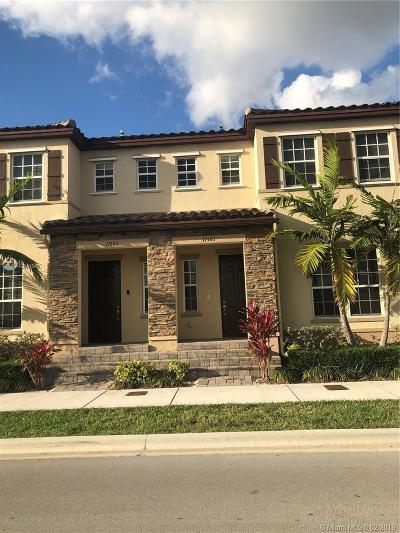 Miami Condo For Sale: 17161 SW 96th St