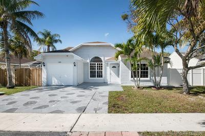 Pembroke Pines Single Family Home Active With Contract: 1300 SW 85th Ter