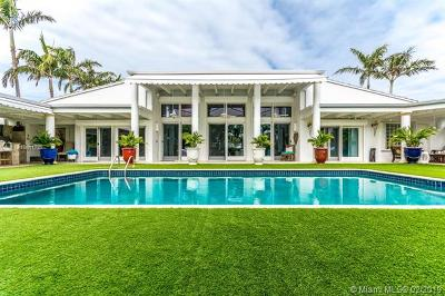 Key Biscayne Single Family Home For Sale: 230 Island Dr