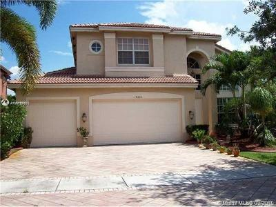 Miramar Single Family Home For Sale: 19320 SW 54th St