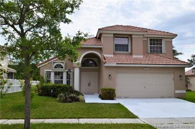 Pembroke Pines Single Family Home For Sale: 1841 NW 131 Ave