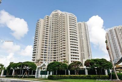 Miami Rental For Rent: 888 Brickell Key Dr #802
