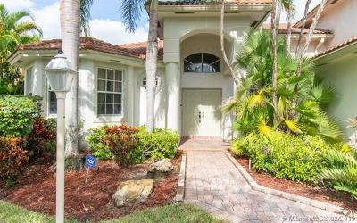 Pembroke Pines Single Family Home For Sale: 13813 NW 21