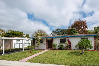 Margate Single Family Home For Sale: 570 SW 50th Ter