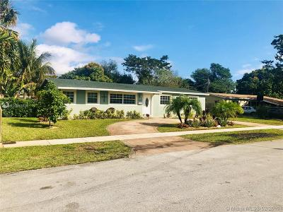 Lauderhill Single Family Home Active With Contract: 3851 NW 7th Ct