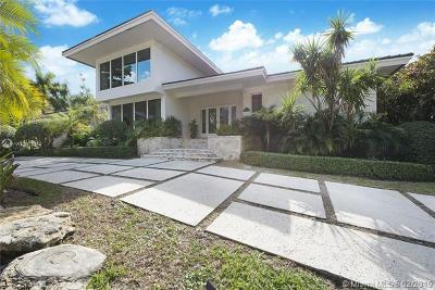 Coral Gables Single Family Home For Sale: 186 E Sunrise Ave