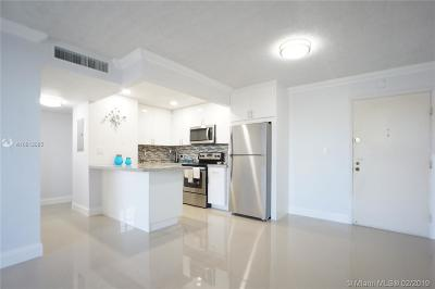 Miami Beach Condo For Sale: 1990 Marseille Dr #202