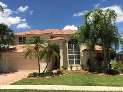 Pembroke Pines Single Family Home For Sale: 17951 NW 9th Ct